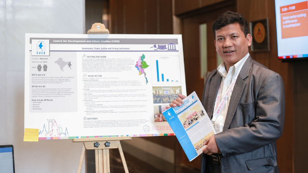 Moses C. Tehlo, research director of the Centre for Development and Ethnic Studies, in Myanmar, presenting research results at the Think Tank Exchange in Bangkok in November 2018.
